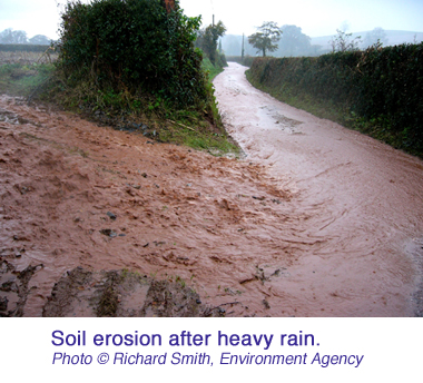 Soil erosion after heavy rain  Richard Smith Environment Agency copy