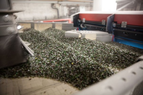 Circular economy partnership in St Helens creates insulation from used glass