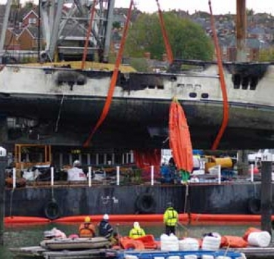 Salvage spares oil pollution after Isle of Wight yacht sinks with 8,000 litres