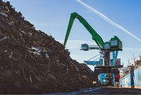 Recycling grabber at Liverpool's Alexandra Docks paves way for renewables