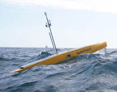 Unmanned boat laden with science probes beats Atlantic storms